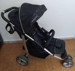 Vendo carrinho de bebê calzerano super novo!
