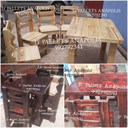 Mesa 4 cadeiras em pallet de ótima qualidade e durabilidade