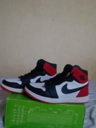 Título do anúncio: Sapato Jordan vermelho