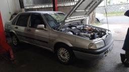 Santana 2000 GNV e gasolina