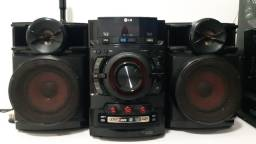 Som Mini Micro System LG CM4320 com MP3, Entrada Dual USB e Ripping - 160 W
