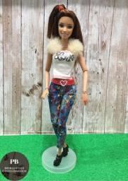 Barbie Fashionistas Teresa Articulada - Wave 2 (2012)