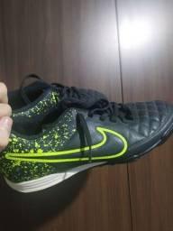 Chuteira Nike, tamanho - 40 - 100,00