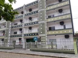 Apartamento com ótima localização, a 150 metros da Prainha, em Enseada - SC