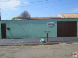 Jd. dos Andes: aluga-se casa com 3 quartos - Rua José Ignacio Marques
