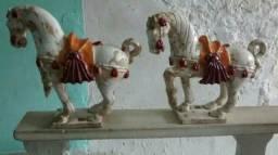 Par estatuetas de cavalos de porcelana antigos frete incluido