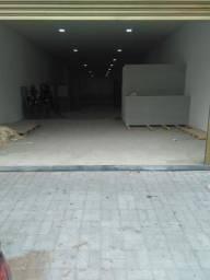 Aluga-se um galpão com dois andares no centro de Fortaleza