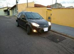 Ford Fiesta Hatch 1.6 Completo - 2012