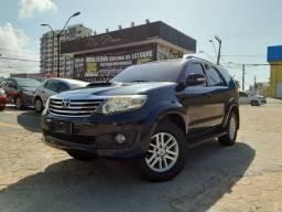 Hilux SW4 3.0 4x4 Automático Diesel 7 lugares 12/12 - Troco e Financio! - 2012