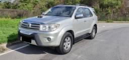 Toyota Hilux SW4 SRV 3.0 D-4D Turbo Diesel 4x4 Automática 2006 - 2006