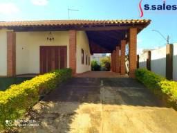 1800m2! Casa em Vicente Pires - Rua 08!