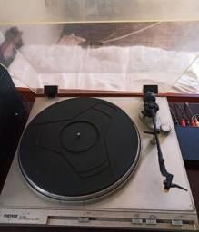 Toca disco de vinil + Receiver