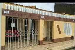 Casa no Eduardo Gomes, atrás da empresa Sacel