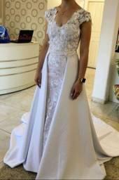 Vestido de noiva sereia/imperial 2 em 1 com véu Tam. 36/38