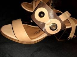 Sandália carmina