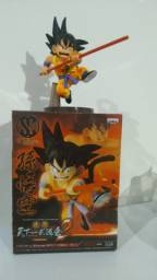 Boneco action figure Goku