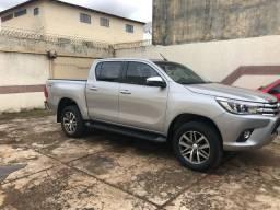 Toyota Hilux srx 2018/2018 único dono só Brasília