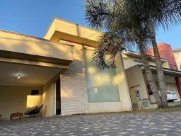 Casa com 3 dormitórios à venda, 195 m² - Jardins Madri - Goiânia/GO