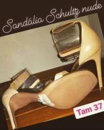 Sandália salto schultz nova