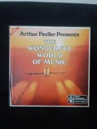 THE WONDERFUL WORLD OF MUSIC de Arthur Fiedler