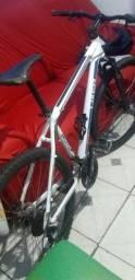 Vendo esta bike R$ 900