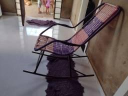 Vendo essa cadeira de balanço 90 reais