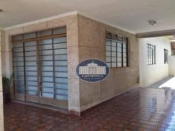 Casa com grande potencial para comércio, 3 dormitórios à venda, 189 m² por R$ 550.000 - Sa