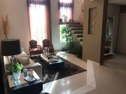 Maravilhoso sobrado no Villagio III com 4 suites