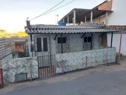 Vende-se casa Sussuarana