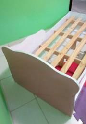 Cama infantil Qmovi duas faces com colchão