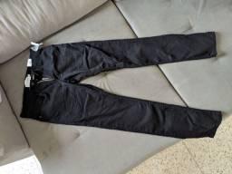 Calça jeans preta N°38 (nunca usada)