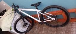 Vendo bicicleta aro 29 seminova