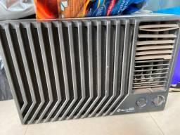 Ar-condicionado springer 18.000 Btus