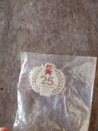 Kit Original Super Mario 25 anos (2010) - Broche, Chaveiro e Copo