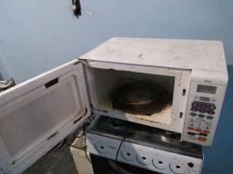Vendo microondas Brastemp 30 litros!!
