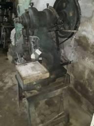 Máquina de prensa
