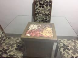 Mesa de jantar 4 lugares com tampo de vidro + Aparador