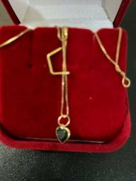 Vendo lindo cordão de ouro 18 k com pingente esmeralda