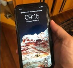IPhone XR R$2.000