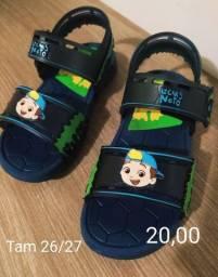 Título do anúncio: Lotinho de sapatos