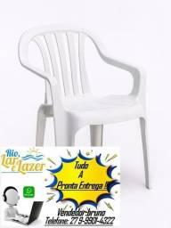 cadeira com braço de plastico