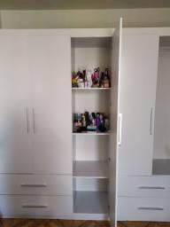 Guarda roupa casal 5 portas e 4 gavetas