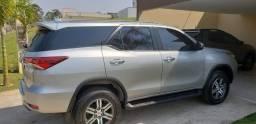 Toyota Hilux SW4 2.7 SRV 7 Lugares 4X2 16V Flex 4P Automático 2019