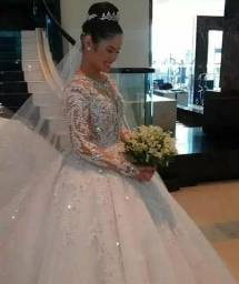 Vestido de noiva venda procura socia