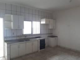 Alugo apartamento no centro de imperatriz-010