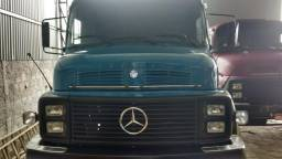 1113 Mercedes Benz ano 1984 - 1984