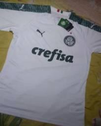 Vende-se Camisetas e jaquetas Original d4c9a3510efb8
