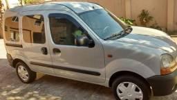 Renault Kangoo com 11 mil de entrada e mais 15 parcela de 500 reais direto comigo - 2006