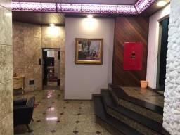 8424 | Apartamento à venda com 2 quartos em Zona 01, Maringá