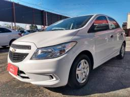 Chevrolet Onix Hatch Joy 1.0 8V Flex 5p Mec. 4P